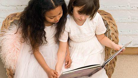 hacer que los niños lean